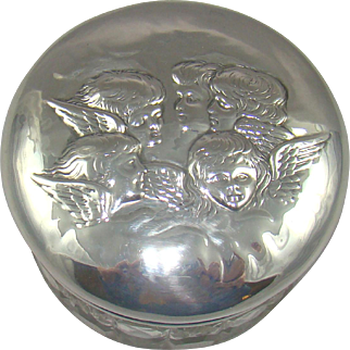 An Antique Silver Topped Vanity Jar, 1902.