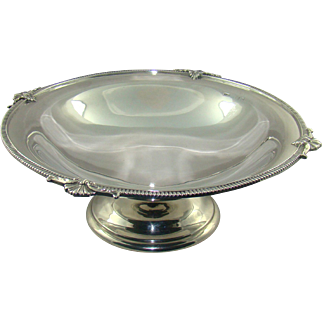 A George V Silver Fruit Bowl, 1925.