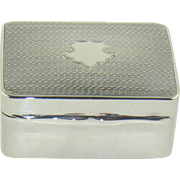 A Good Quality George V Silver Pill Box, 1925
