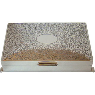 An Attractive Vintage Silver Jewellery Box, 1967.