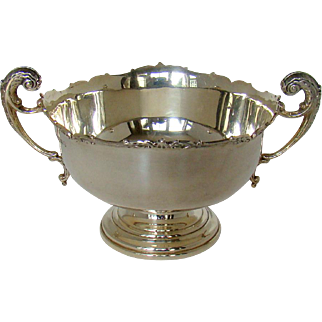 A George V, Silver Two Handled Bowl, 1935.