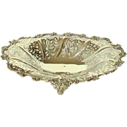 A Stunning Early Victorian Silver Fruit Bowl, 1845.