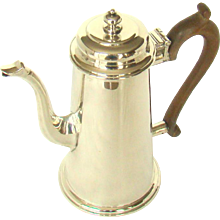 A Stylish George V. Vintage Silver Coffee Pot, 1931.