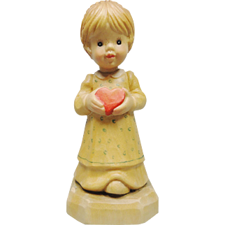 Wooden Carved Collectors Club Anri Figurine, Girl with Heart