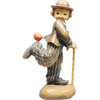 Anri Italian woodcarving Figurine statue of Stepping out by Juan Ferrandiz