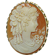 Vintage Carved Shell Cameo Brooch / Pendant, 14 Karat Yellow Gold