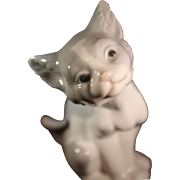 Lladro's little rascals;  Pet me,  #5114 and  Cat,  #5113