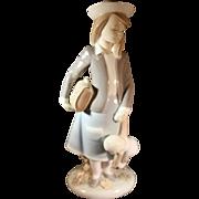 Lladro 17 inch figurine: Autumn #5218