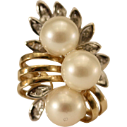 Classic Style Pearl and Diamond 14K Gold Ring