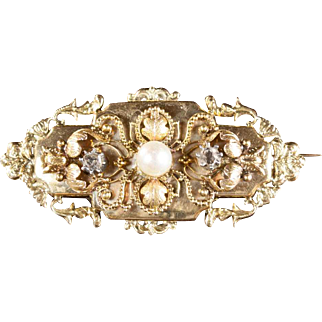 Pearl and Diamond 14K Yellow Gold Antique Brooch