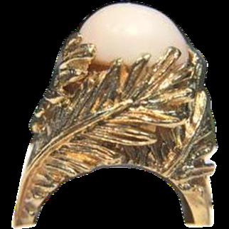 Pink Coral Cabachon and 14K Gold Leaf Design Ring