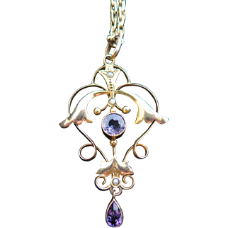 Art Nouveau 9K Gold Lavalier with Chain, Set with Amethyst and Seed Pearls
