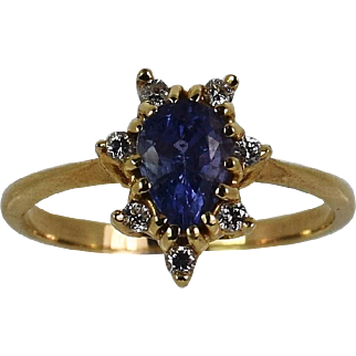 Vintage Lady 14k yellow Tanzanite/Diamond ring