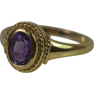 Vintage 14k Yellow Amethyst Ring