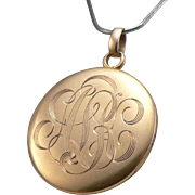 Antique c1914 Edwardian 10K Gold Round Locket Pendant Monogram 4.1g
