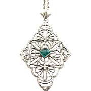 Vintage Art Deco 14K White Gold Filigree Pendant on Chain Necklace Emerald Green Glass Jewel