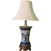 Chinoiserie Table Lamp in Blue and White Porcelain