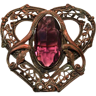 Art Nouveau Brooch with Amethyst-Colored Jewel