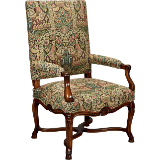 French 19th Century Bergere Covered In Old World-Style Tapestry