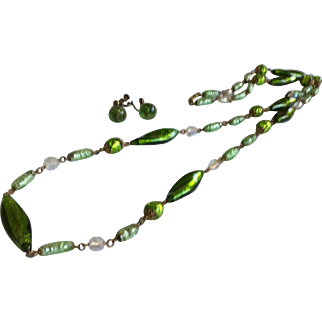 Green Art Glass Bead Necklace 42 inch with bonus earrings