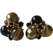 Vogue Earrings Black and Green Bead Clip