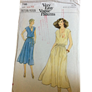 Vogue Sewing Pattern 7100 Misses Dresses size 10 bust 32.5""