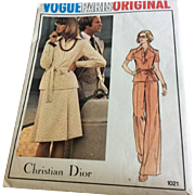 Vogue  Pattern 1021 Original design by Christian Dior Misses Top, Skirt, Pants Size 10