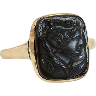 Antique Estate Art Deco 14K Yellow Gold Hand Carved Black Onyx Ring 2.3g