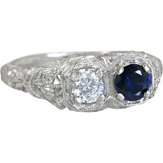 Estate 18K White Gold .45ct Genuine Diamond & Sapphire Flowers Art Deco Ring