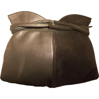 Art Deco 1930's green suede and leather clutch bag