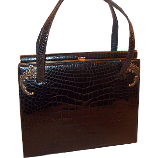 Beautiful 1940's vintage Lucille De Paris glossy black alligator skin handbag