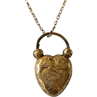 Antique Georgian c.1830 18ct Gold Heart Padlock Locket on later 9ct Gold Chain