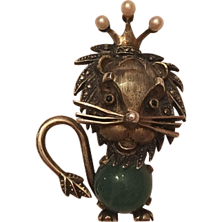 Vintage German Sterling Aventurine Marcasite Cultured Pearl Lion With Crown Brooch Pin