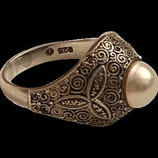 Vintage Theodor Fahrner German Sterling Silver Cultured Pearl & Marcasite Ring Germany