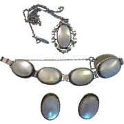 Vintage Whiting and Davis Necklace Bracelet and Earrings Set