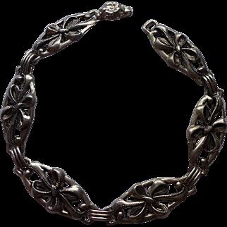 Sterling Stamped Vintage Bracelet with Bows