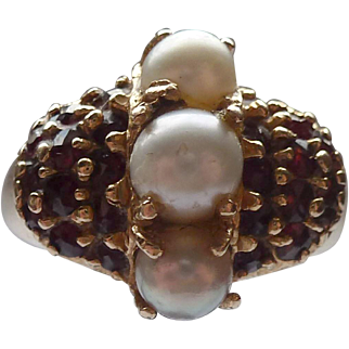 14K Garnet and Cultured Pearl Ring