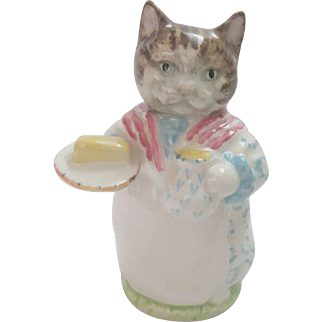 The Beswick Ribby figurine was modelled by Arthur Gredington.   It was first produced in 1951