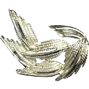 Vintage Silver Toned Costume Jewelry Brooch Pin Leaf