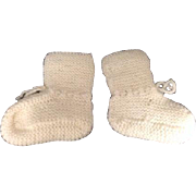 Vintage White Hand Knit Knitted Baby Booties Socks Slippers Gift Nursery Doll