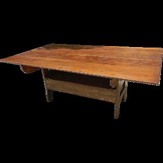 19th Century Pennsylvania Pine Bench Table