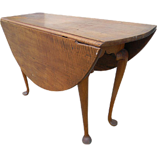 Figured Maple Queen Anne Drop Leaf Table