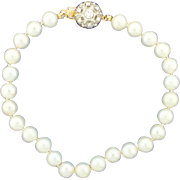 Vintage 8 Inch Pearl Strand Bracelet with Diamond Clasp
