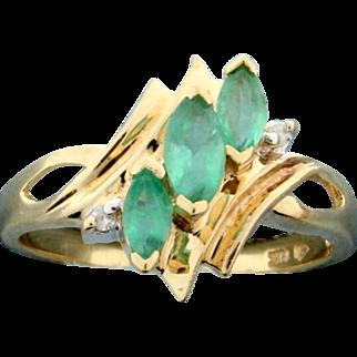 Natural Emerald & Diamond Ring