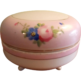 NIPPON HAND PAINTED PORCELAIN Footed Trinket Box with Cover, Nippon - Rising Sun Collection Dresser/Vanity Porcelain Covered Round Dish