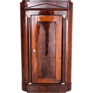 Empire style corner cabinet from around 1850. AFTER RENOVATION.