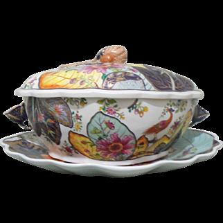 Mottahedeh Porcelain Tobacco Leaf Covered Tureen and Platter / Serving Tray
