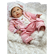 """Paradise Galleries  Lifelike Realistic Soft Vinyl 21 inch Baby Girl Doll Gift """"Cuddle Bear Bella"""" Great to Reborn"""