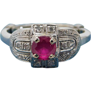 Art Deco 18K White Gold Ring with a Pink Sapphire and Diamonds