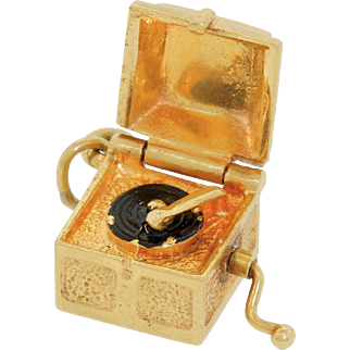 Vintage 14k Gold Enamel Record Player Charm Articulated Opens 3.6 Grams